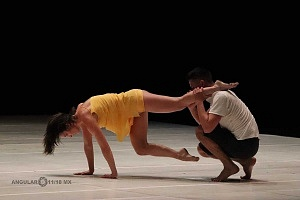 Laleget Danza presentó el estreno de Manesés y la esquizofrenia en el Palacio de Bellas Artes