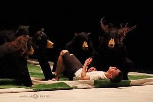 Laleget Danza presentó el estreno de TheCoat, Manesés y la esquizofrenia, en el Palacio de Bellas Artes 1