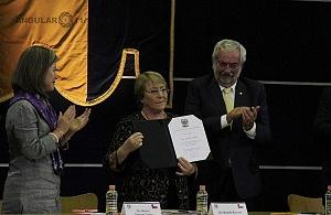 Michelle Bachelet ex presidenta de Chile participo en la Cátedra Internacional por los Derechos Humanos y la Paz Alfonso García Robles 6