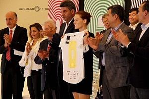 Presentan playera oficial de la 36 edición del Maratón de la CDMX Telcel 2018