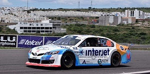 Séptima fecha del campeonato NASCAR Peak México Series auto numero 46