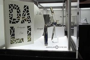 Zona Maco stand Pen Brans el Arte de la Escritura plumas Dalí Montegrappa Italia