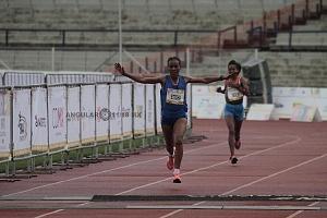 segundo lugar femenil del Maratón de la Ciudad de México 2018 la etíope Fantu Eticha Jimmacon llegando a la meta 1