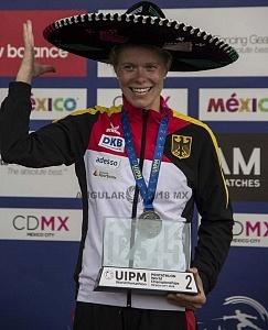 Annika Schleu de alemania ganadora de la medalla de plata en el campeonato mundial de pentatlon 2018 categoria, individual femenil