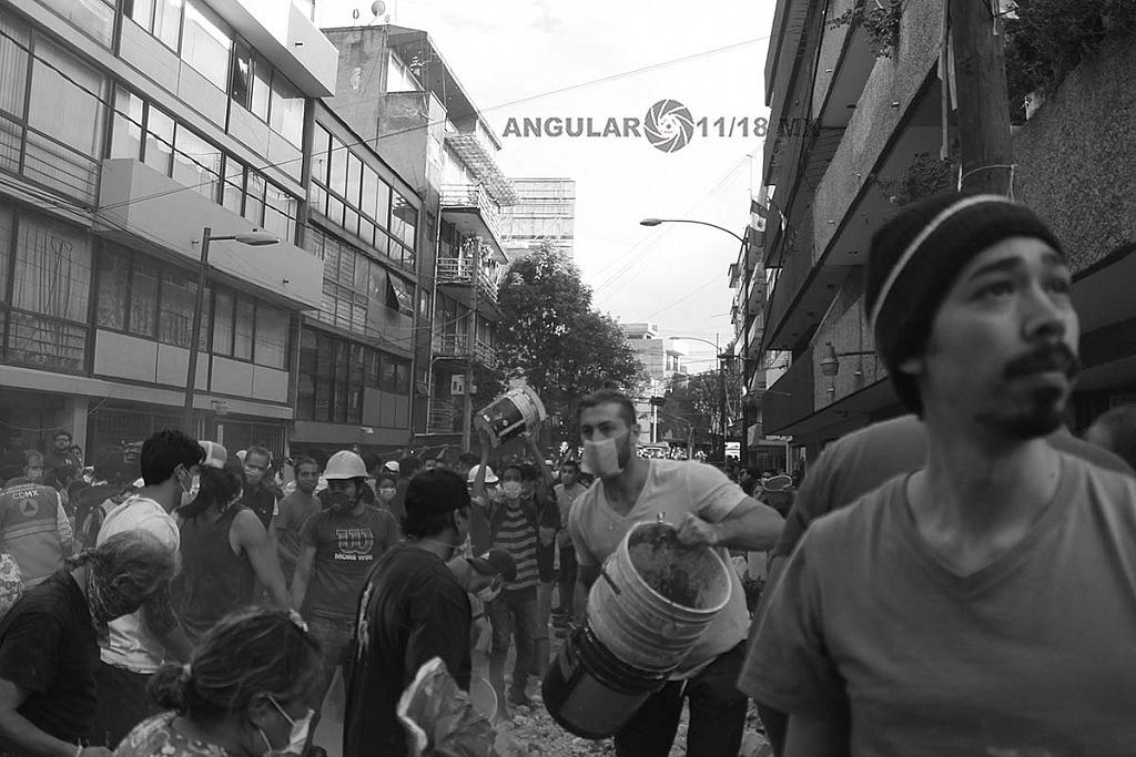 CDMX 19 de Septiembre de 2017 , ciudadanos y autoridades , removiendo escombros , de edifico colapsado tras sismo de 7,1 en la escala richter (fotos archivo)