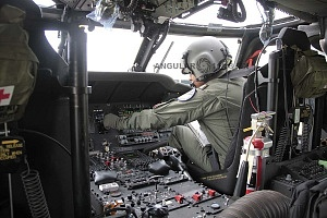 Cabina de la aeronave, UH-60M, Black Hawk