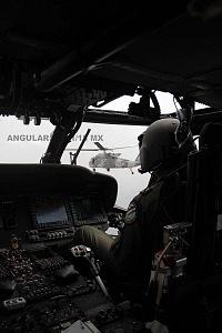 Cabina de la aeronave, UH-60M Black Hawk