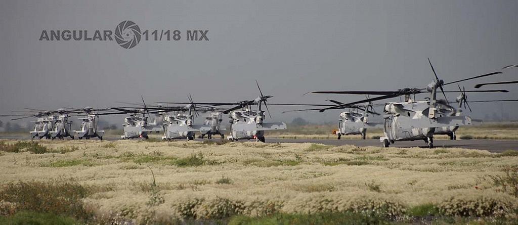 Despegue de Helicópteros UH-60M Black Hawk durante la parada aérea 2018 escuadron 107