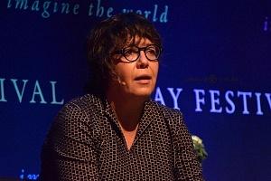 Gabriela Warkentin periodista y analista en el Hay Festival 2018
