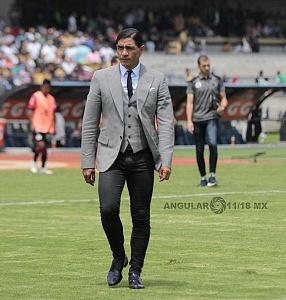 Juan Francisco Palencia, director tecnico de Lobos BUAP en la jornada 9 del torneo apertura 2018