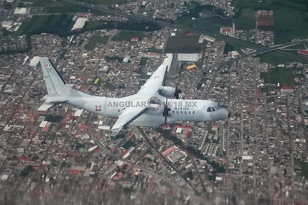 Parada aérea militar 2018, aeronaves de ala fija modelo C-295 casa en vuelo
