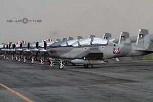 aviones que participaran en el próximo desfile militar del 16 de septiembre de 2018 en la base aérea santa Lucia