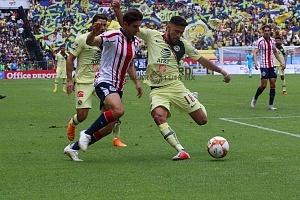 AMÉRICA y GUADALAJARA empatan 1-1, en el Súper Clásico Nacional
