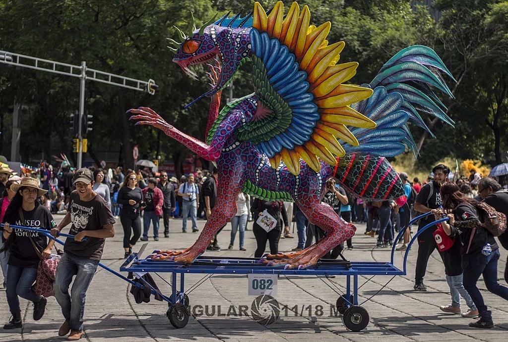Alrededor de 200 alebrijes desfilaron por la Ciudad de México, este sábado 20 de octubre de 2018
