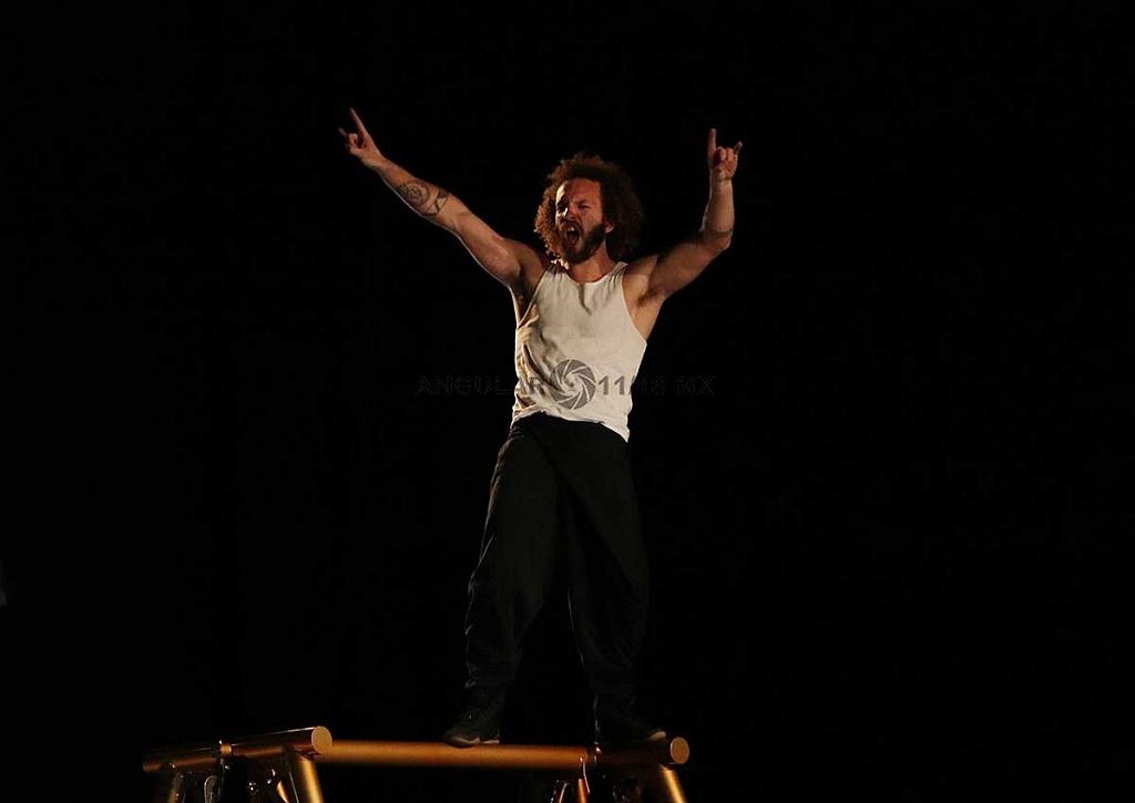 Cirque Alfonse de Quebec, presentó su espectáculo Tabarnak en el Teatro Esperanza Iris de la Ciudad de México