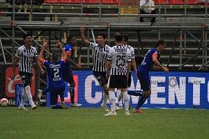 Cruz Azul derrota a Monterrey (2-1) en la Jornada 12 del torneo Apertura 2018, de la Liga MX, primer gol del Cruz Azul