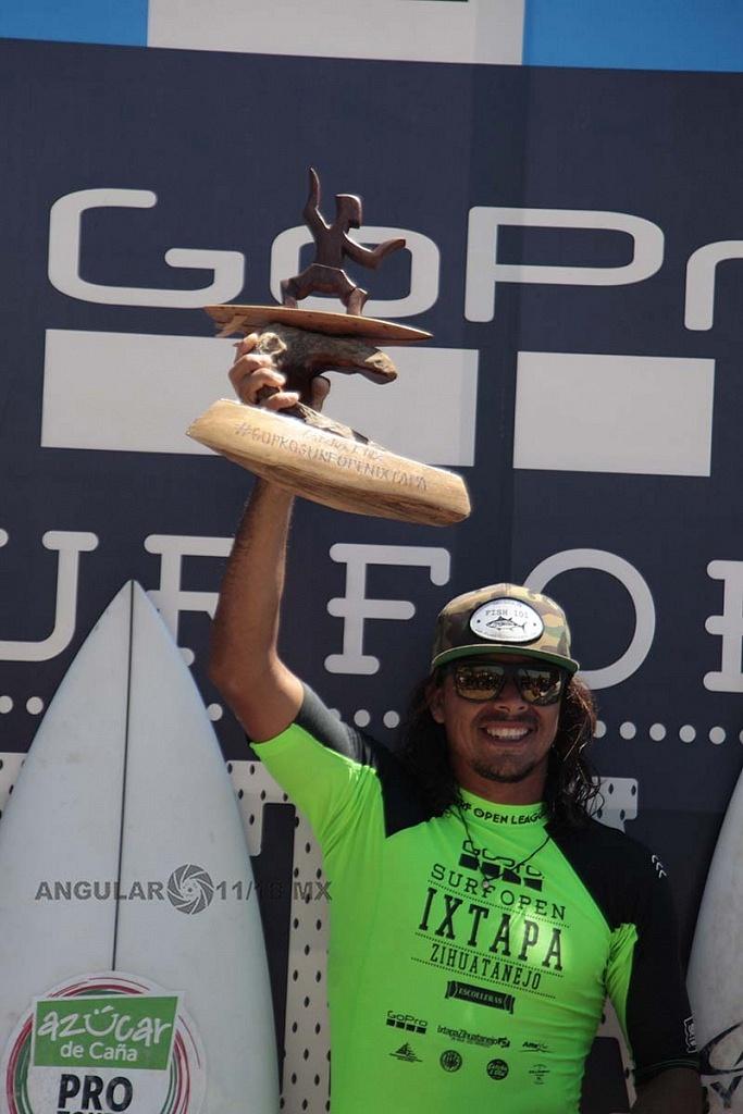 Diego Cadena Surfista Mexicano segundo lugar, del GoPro Surf Open Ixtapa Zihuatanejo