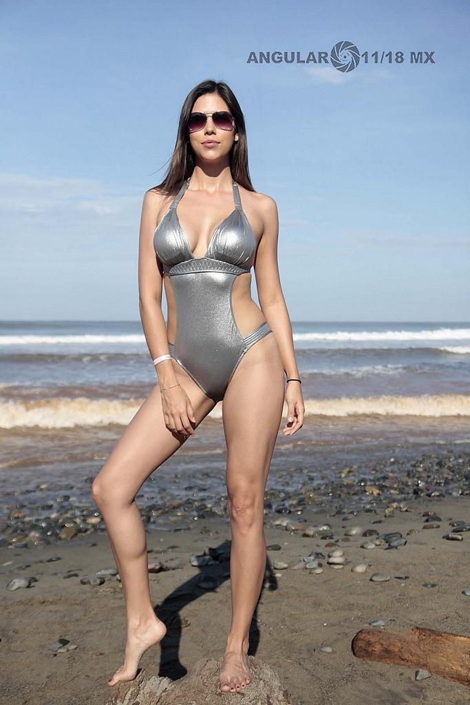 Marliese Edelmann Modelo y Actriz se hizo presnte en el Surf Open Ixtapa Zihuatanejo 2018