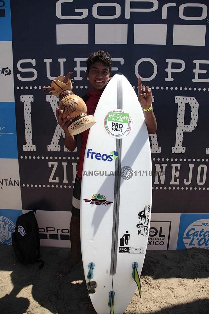 Rey Hernandez Campeón del GoPro Sur Open Ixtapa Zihuatanejo 2018 Premiación