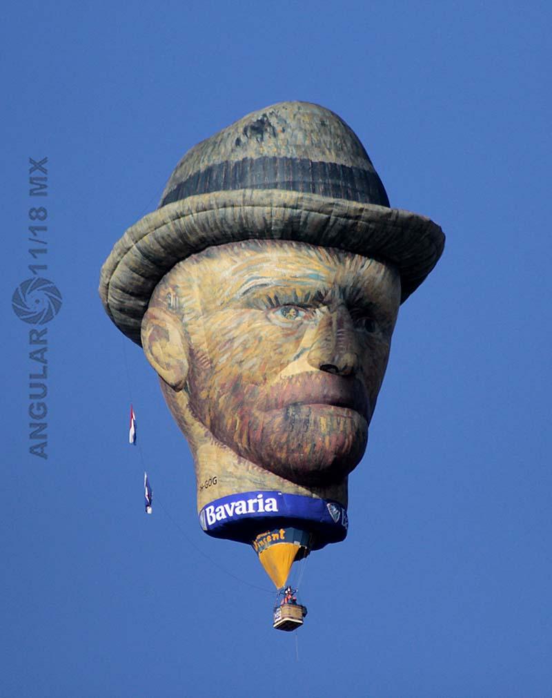 Festival Internacional del Globo 2018, León Guanajuato globo de figura de VincetVan Gogh en vuelo