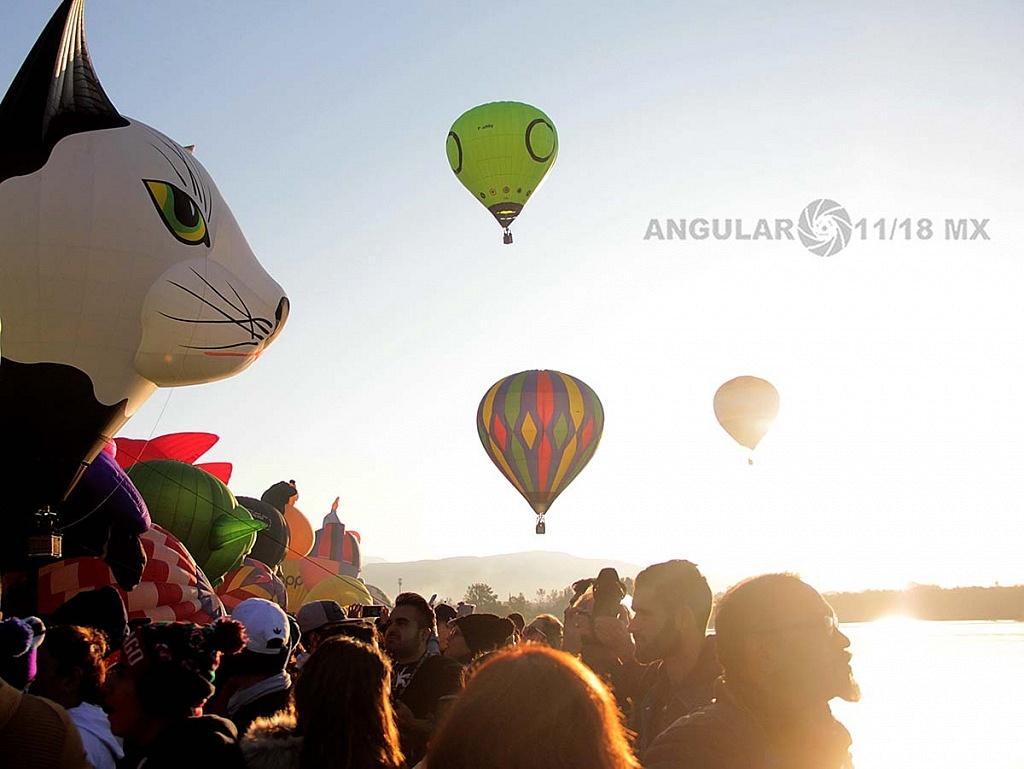 Festival Internacional del Globo 2018 León Guanajuato globo despegues