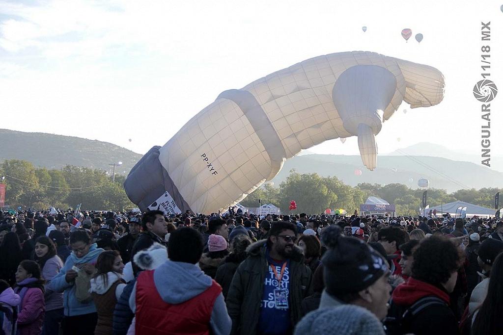 Festival Internacional del Globo 2018 León Guanajuato, inflado del globo Baláo Do Cristo Redentor