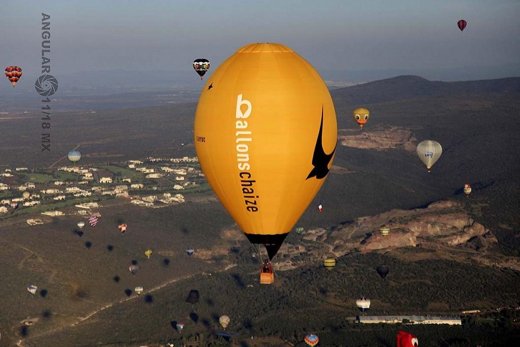 Festival Internacional del Globo 2018, León Guanajuato, vista aeréa desde el globo numero 183 globo amarillo