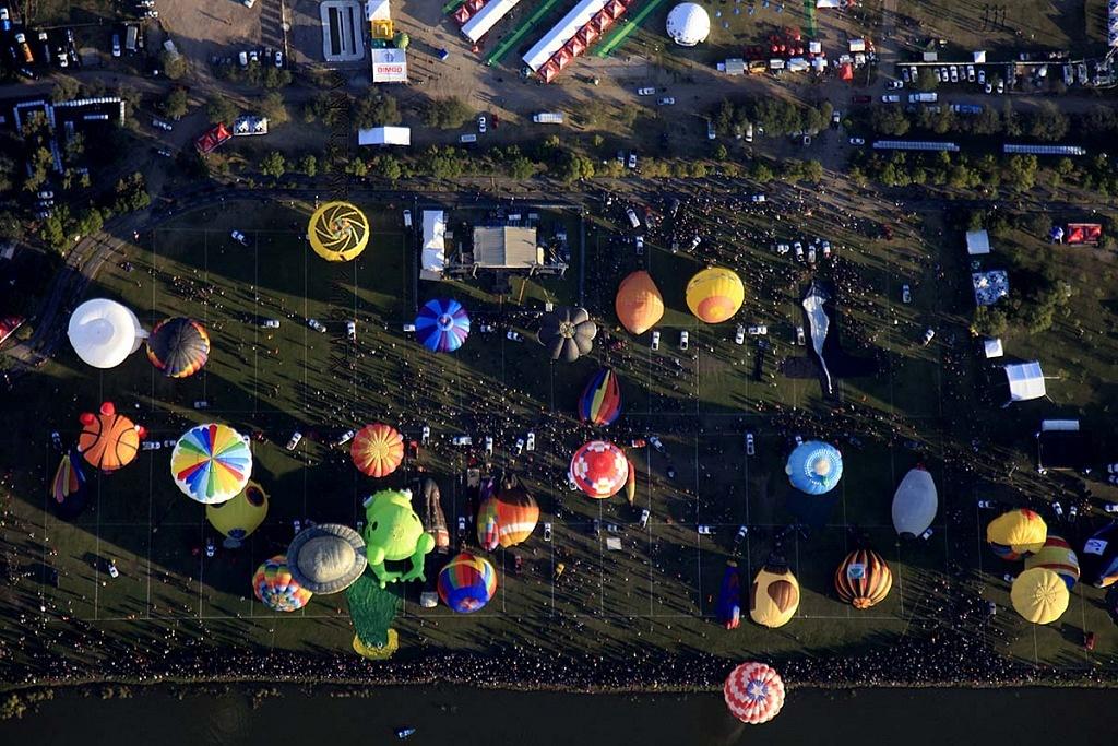 Festival Internacional del Globo 2018, León Guanajuato vista aeréa desde un globo de la zona de despegue parque Metropilitano