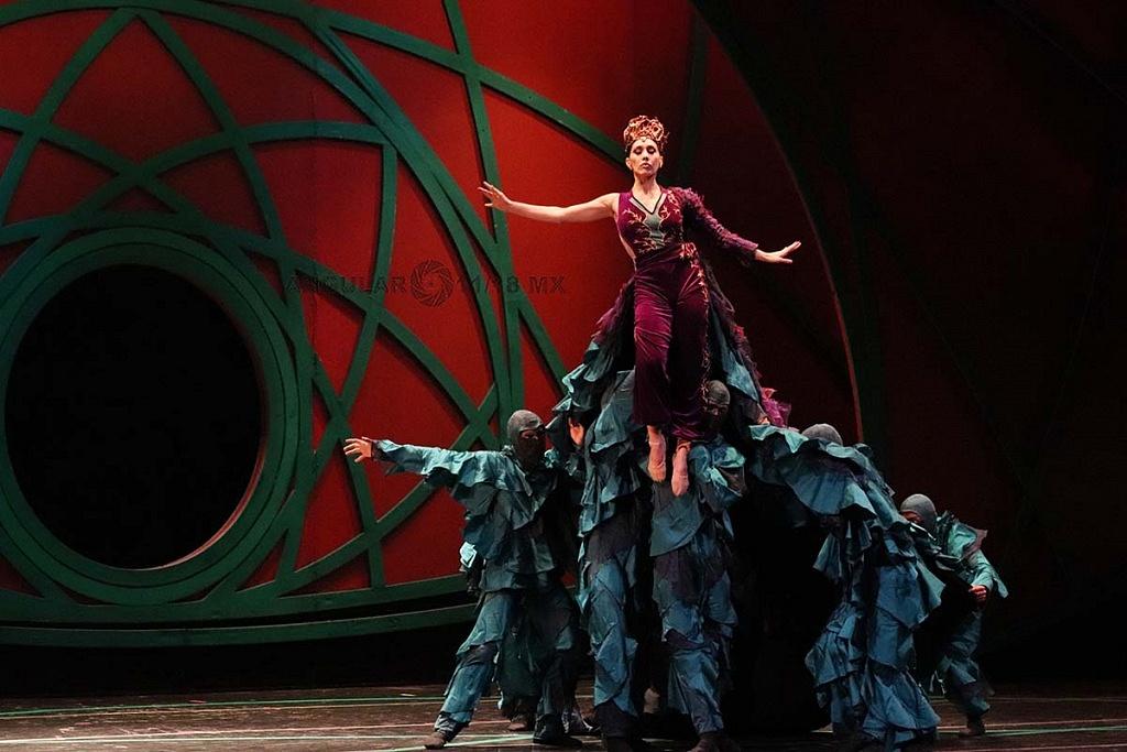 La Compañía Nacional de Danza presenta Blancanieves, en el Teatro de la Ciudad Esperanza Iris,