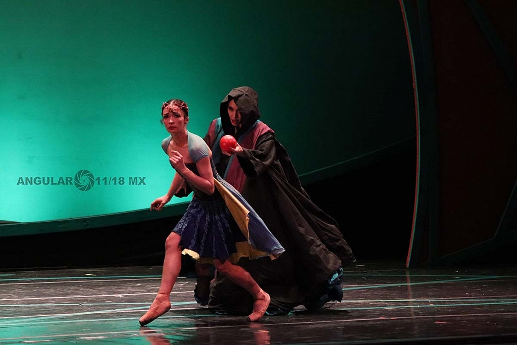 La Compañía Nacional de Danza, presento Blancanieves, en el Teatro de la Ciudad Esperanza Iris este 17 de Noviembre, de 2018,