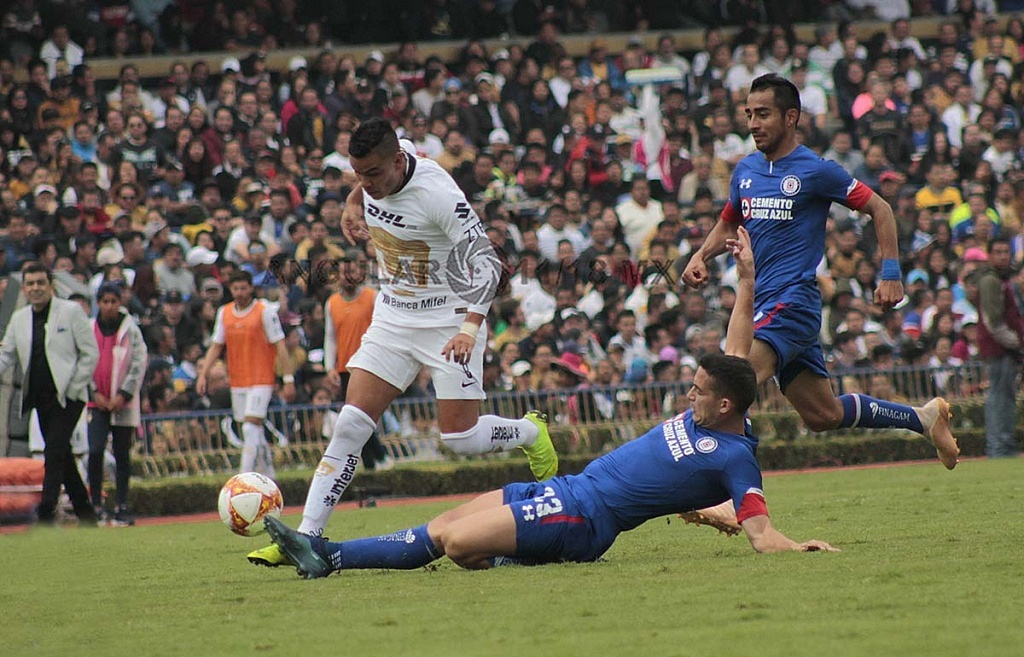 Pumas cae en casa frente a Cruz Azul 1-2 en la jornada 15 del torneo de liga MX apertura 2018,