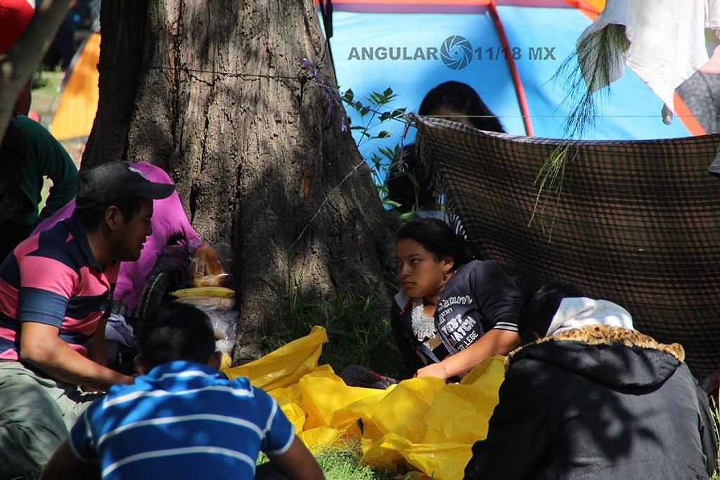 campamento de migrantes instalado en el estadio Jesús Martínez Palillo en la ciudad de México,