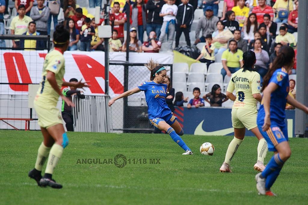America y Tigres Femenil, igual 2-2 en el partido de ida de la gran final apertura 2018