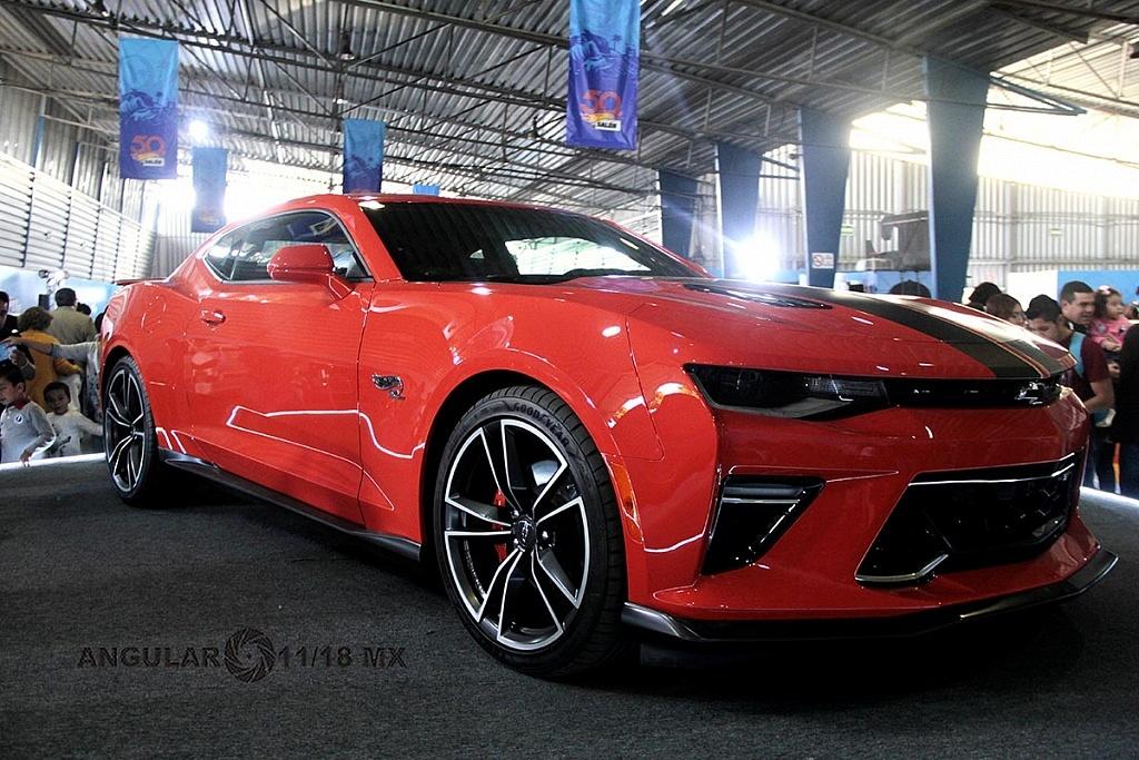 Auto Chevrolet Camaro 2018 edición Hot Wheels, presentado en la celebración por los 50 años de Hot Wheels en la 11ª edición del Salón Hot Wheels