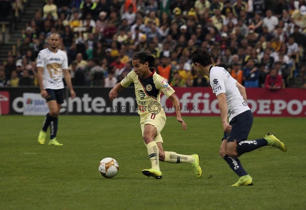 Diego Lainez Leiva en la semifinal de la Liga MX Apertura 2018 frente a Pumas en el partido de vuelta