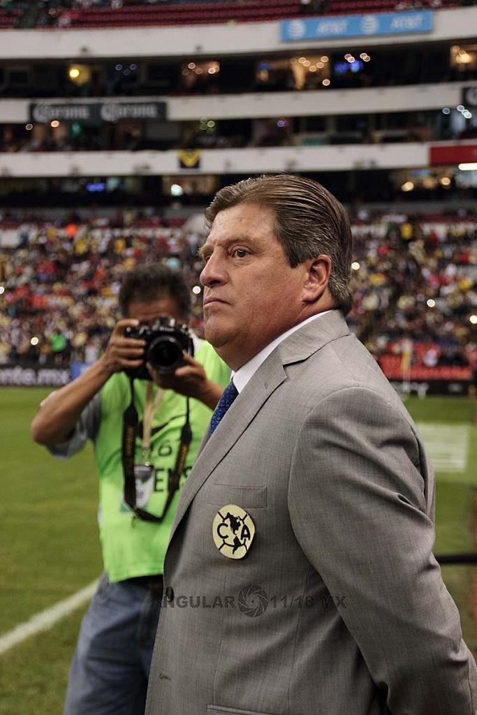 Director Técnico del América Miguel Herrera