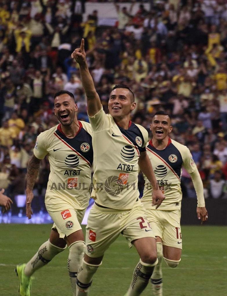 Festejo del gol de américa de Paoul Aguilar frente al Toluca