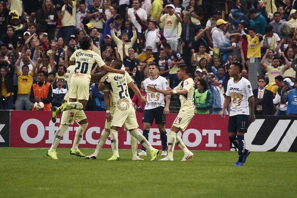 Las Águilas del América festejan la goleada a los Pumas en el partido de vuelta en la semifinal de la Liga MX Apertura, 2018,