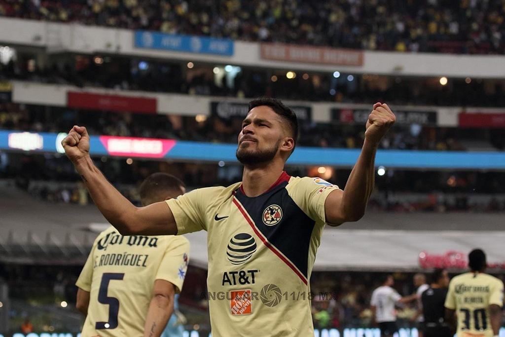 Las Águilas del América festejan la goleada a los Pumas en el partido de vuelta en la semifinal de la Liga MX Apertura, 2018