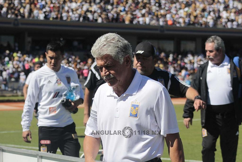 Ricardo Ferretti director técnico de los tigres después de ser eliminados en los cuartos de final por los Pumas