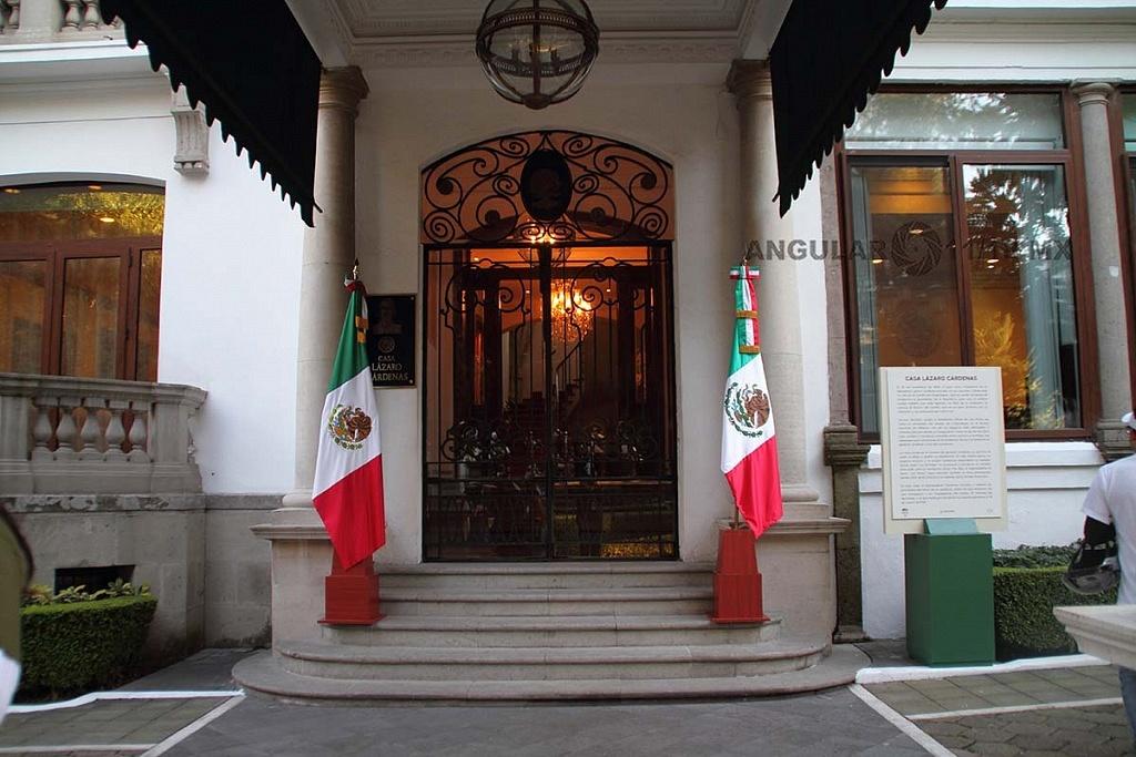 abrieron las puertas a todo el público de la Residencia Oficial de Los Pinos este sabado 1 de diciembre de 2018 entrada a la residencia