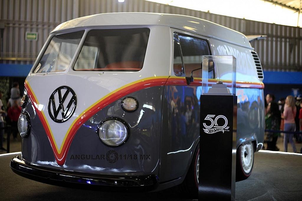 camioneta Kool Kombi presentado en la celebración por los 50 años de Hot Wheels en la 11ª edición del Salón Hot Wheels CDMX
