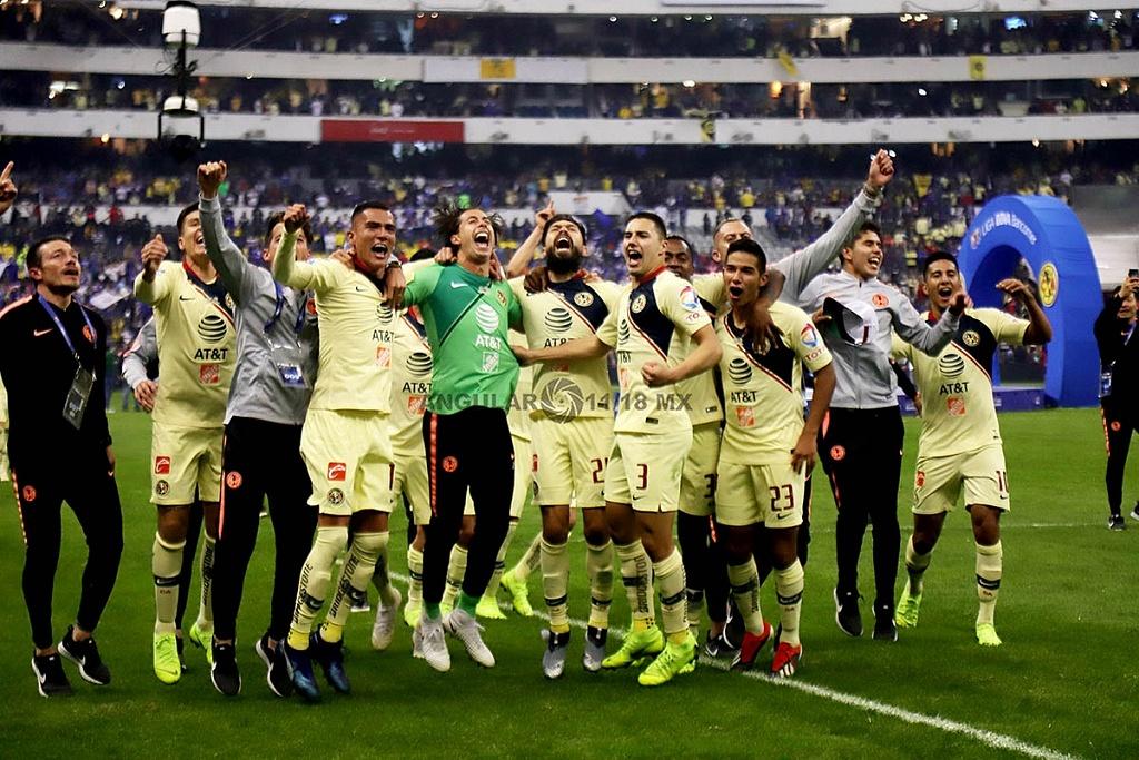 festejo de las Águilas del América tras ganar la final del torneo de la liga mx apertura 2018 frente al Crurz Azul