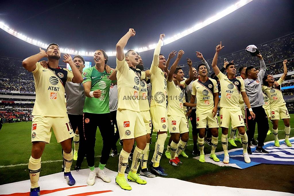 festejo de las Águilas del América, tras ganar la final del torneo de la liga mx apertura 2018, frente al Crurz Azul,
