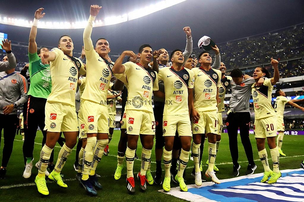 festejo de las Águilas del América, tras ganar la final del torneo de la liga mx apertura 2018, frente al Crurz Azul