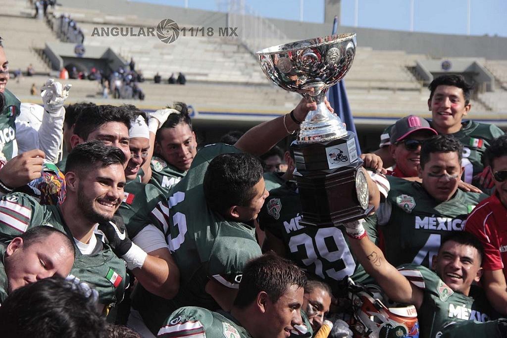 la selección de México gana la 45ª edición del Tazón Azteca en el estadio Olímpico Universitario