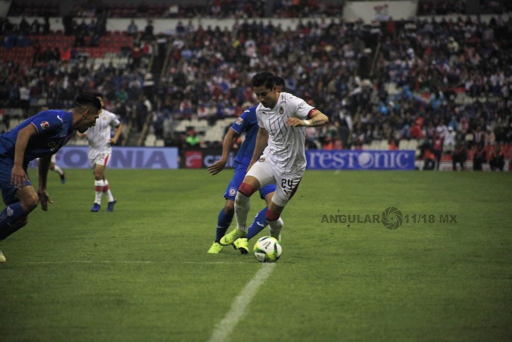 Cruz Azul pierde frente a las Chivas 1-0 en el estadio azteca, en la jornada 2 del torneo de la liga MX Clausura, 2019