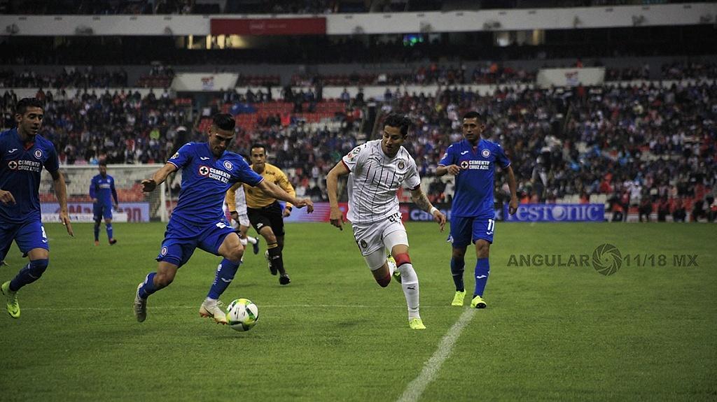 Cruz Azul pierde frente a las Chivas 1-0 en el estadio azteca, en la jornada 2 del torneo de la liga MX, Clausura 2019