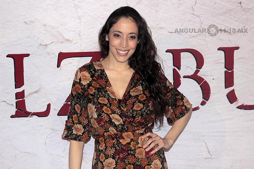 Yunuen Pardo actriz mexicana en la presentación de la pelicula de terror Belzebuth