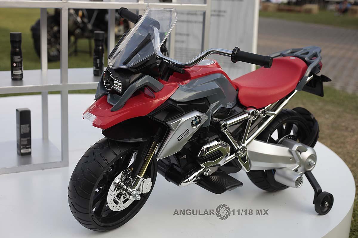 BMW Motorrad 2019, moto BMW modelo 1250 GS